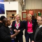 Cecilia (M) besöker Lernia med Infrastrukturministern Catharina Elmsäter-Svärd